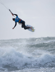 kitesurf-instructors-2xs048