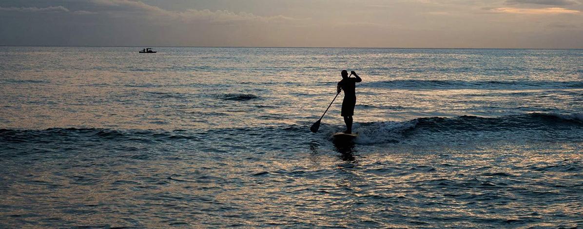 kialoa paddle surfing